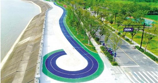"""杭州""""五线谱""""网红跑道二期样板段完工 实现人车分离"""