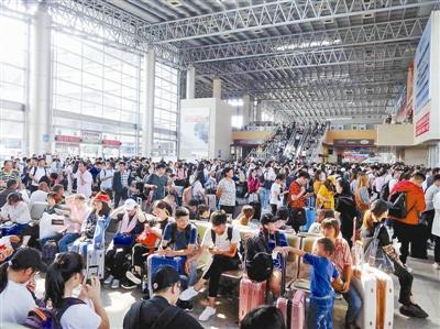 国庆期间杭州消费火爆 样本企业累计销售额17亿元