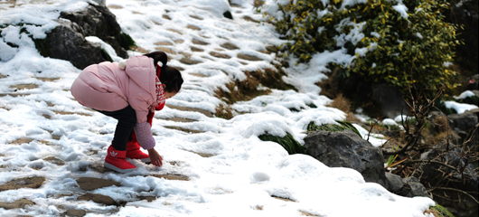 杭州雪霁天晴 西湖风寒冰冻