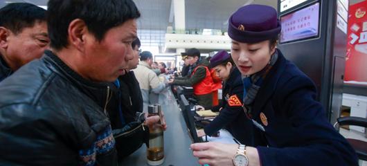 杭州东站多项措施温暖乘客