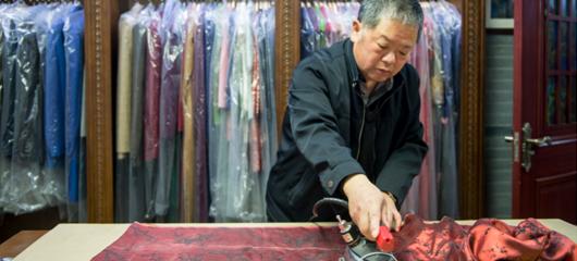 百年旗袍店:一针一线下娉娉袅袅的中国韵味