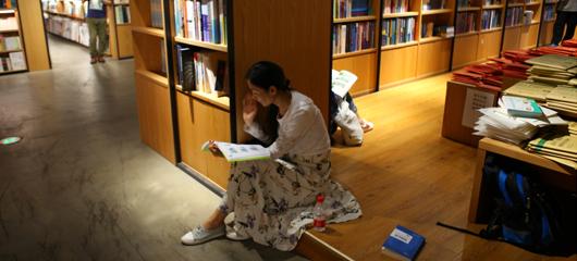小长假最后一天 在阅读中享受