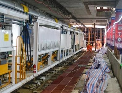 杭海城际铁路紧张施工中