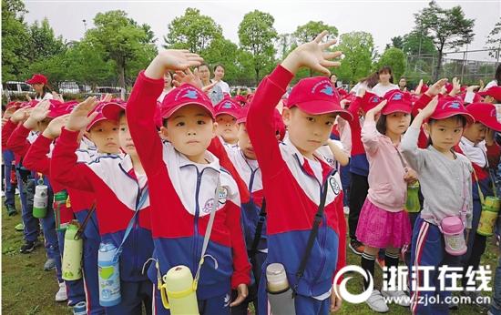听涛幼儿园大班孩子感受小学生活