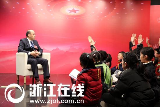 小记者对话省政协委员 听气象台长讲述大雪和气象的故事