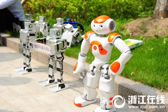 浙江科技活动周《科技金融时报 》记者罗超、陈路 摄.JPG