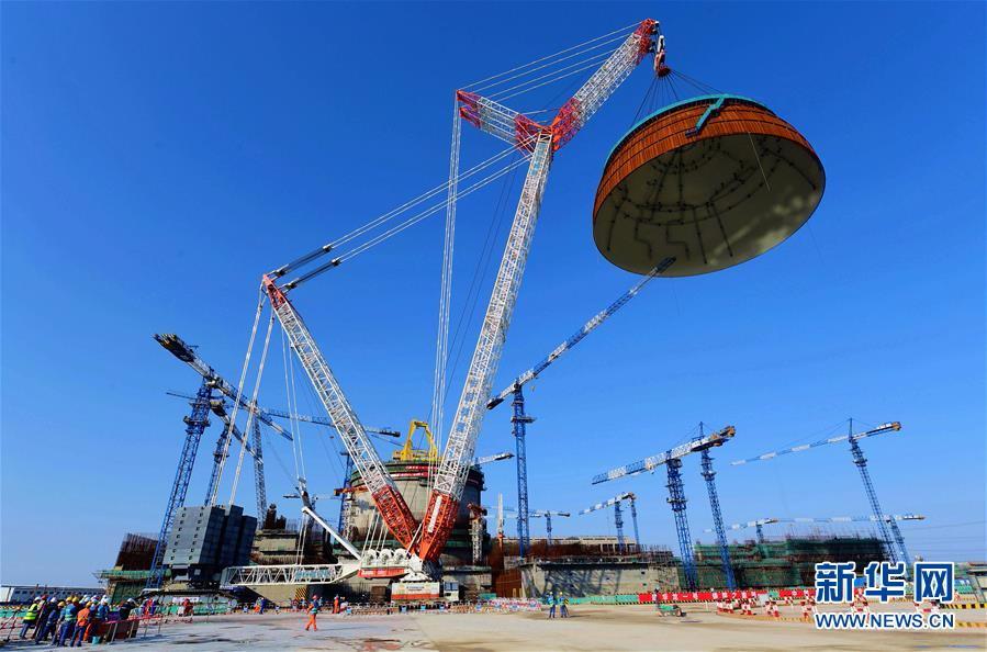 """(科技)(2)国内第二台""""华龙一号""""完成穹顶吊装"""