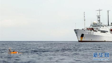 """""""潜龙三号""""试验性应用首潜归来 带回了哪些深海秘密"""
