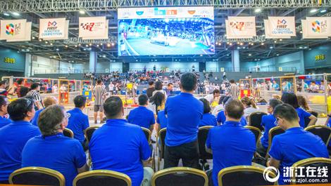 杭州:中国机器人总决赛开赛 比比机器人哪家强