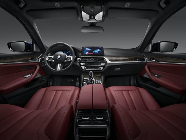 07.2018款全新BMW 525Li M运动套装.JPG