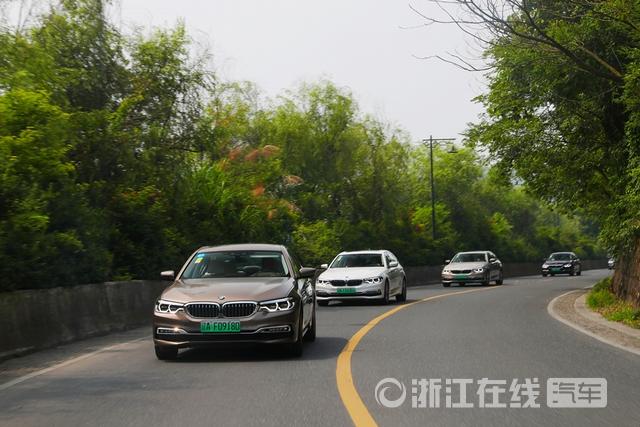 5.全新BMW 5系插电式混合动力风景试驾.jpg