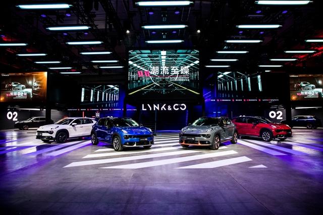 新时代高端品牌领克汽车2018春夏发布会在领克汽车张家口潮流工厂举行.JPG