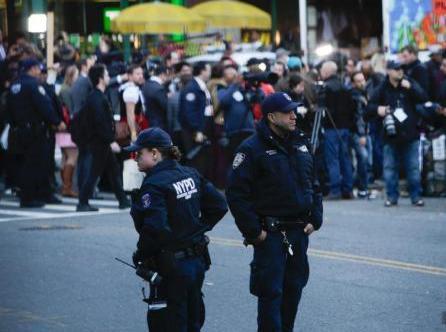 纽约州长回应恐袭:暂无新威胁 未来几天将加强警力