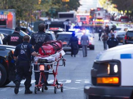 英首相谴纽约恐袭系懦弱行为 誓言战胜恐怖主义