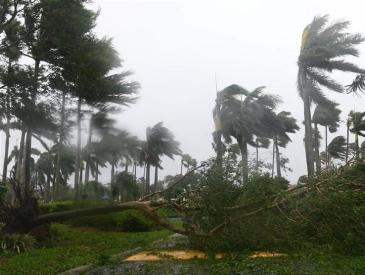 """""""哈维""""刚走""""艾尔玛""""又来 超强飓风""""双击""""敲响气候警钟"""