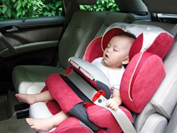 武汉出新规保护未成年人 未满8岁禁止单独留车内