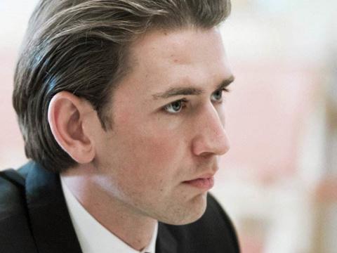 """奥地利大选结果揭晓 """"小鲜肉""""库尔茨将跻身最年轻国家领导人"""