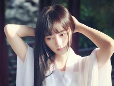 走出国门展自信 中国姑娘摘得日本高校校花