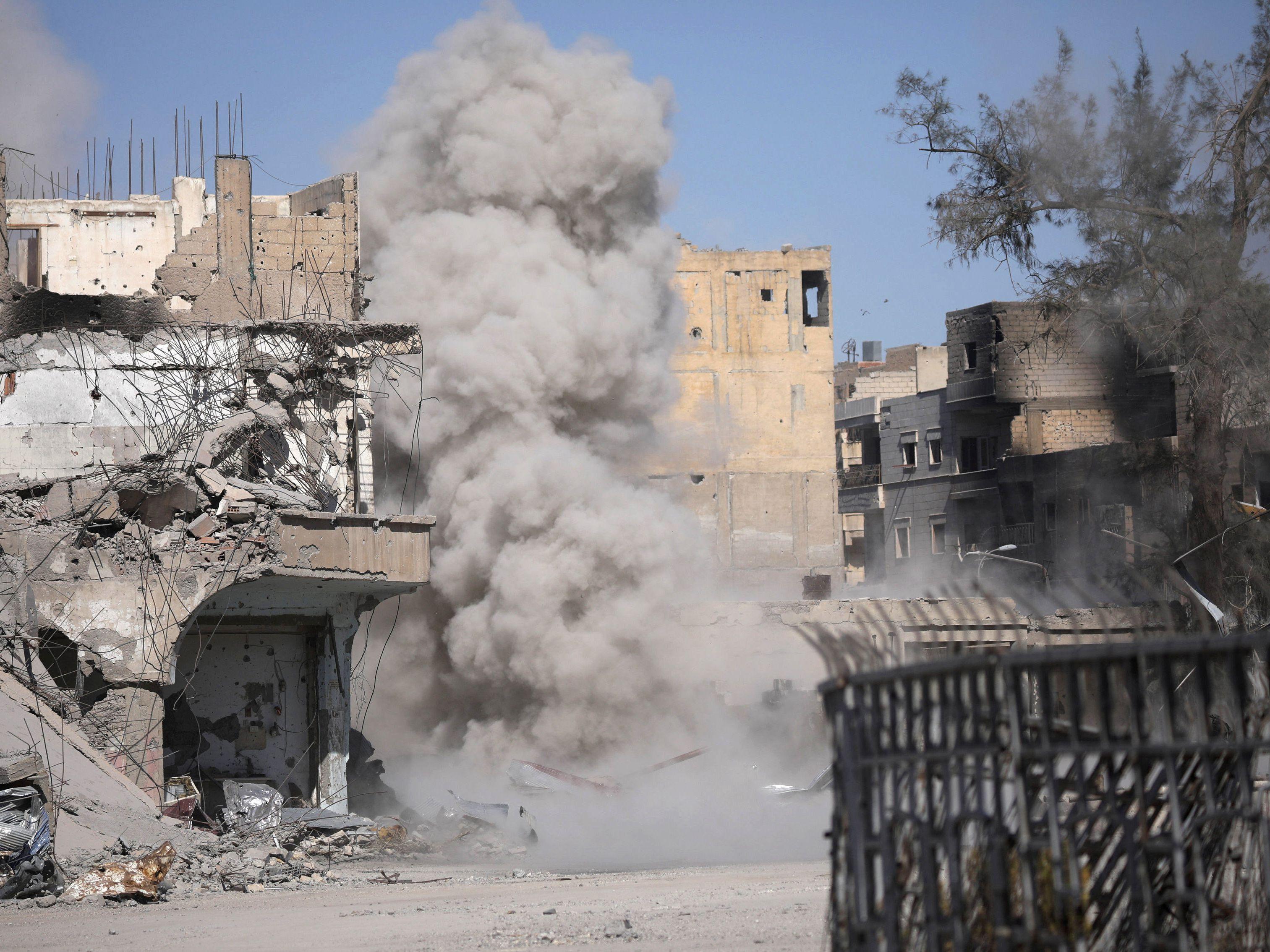 IS撤离大本营拉卡 美俄地盘争夺战悄然打响