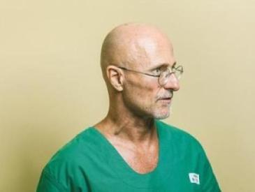18个小时!争议专家宣布头颅移植手术在人类遗体上成功实施
