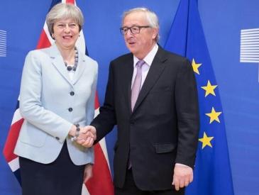 """英国与欧盟啃下""""脱欧""""硬骨头 谈判将开启第二阶段"""