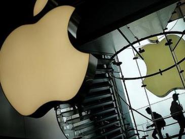 """苹果道歉了 受""""降速门""""影响手机可优惠换电池"""