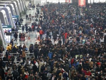 已售3.5亿张! 春运火车票为啥放票瞬间就没了?