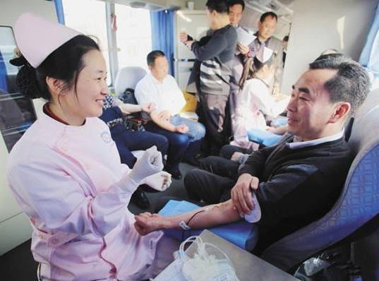 国内多地互助献血被叫停 未来遇到血荒该咋办?