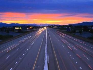 中国将建首条超级高速公路 全面支持自动驾驶