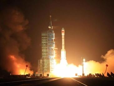 """在太空飞行了6年多 天宫一号将再入大气层最后一次""""燃烧自己"""""""