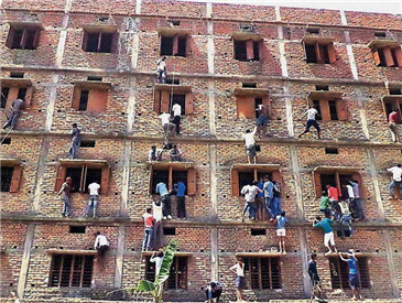 好学生坏学生无一幸免 印度考试作弊竟成产业化运作