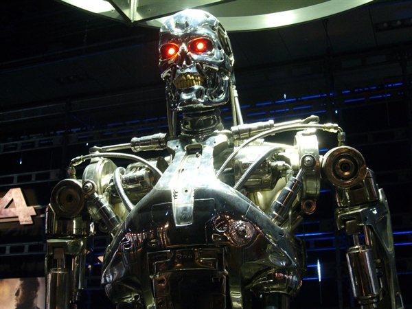 """韩国研发人工智能武器 多国研究人员抵制""""杀手机器人"""""""