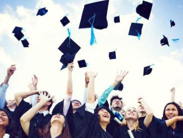 """一些大学专业被""""砍掉""""!你学过的可能成为历史"""