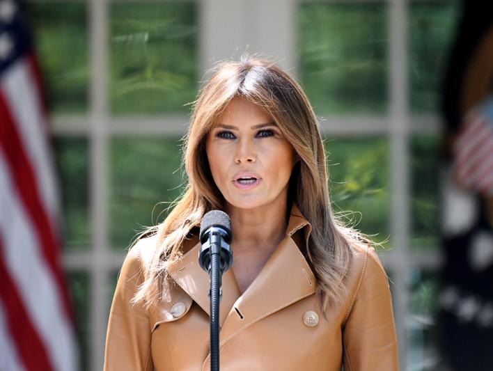 美国第一夫人陷剽窃风波 撰文与奥巴马著述如出一辙