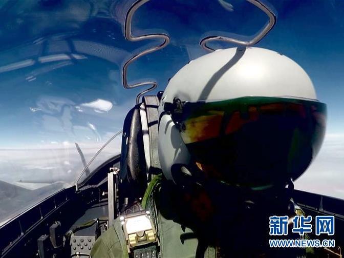 歼-20首次开展海上实战训练 在练兵备战中飞出新航迹