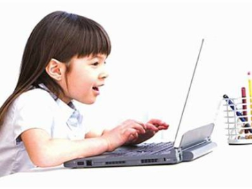控制孩子上网等同虐童?研究表明限制上网不利于孩子成长