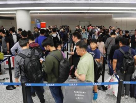 好消息!端午节起中国公民出入境通关排队将不超30分钟