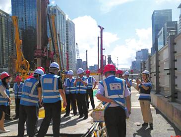 挖断7条电缆后又挖爆水管 深圳地铁最新回应来了