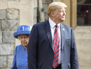 会面迟到让女王干等 特朗普的英国行尴尬不断