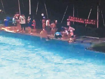 退休护士2分多钟救活两溺水娃  儿童安全意识有待加强