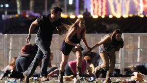 美国拉斯维加斯发生枪击案至少50人死亡