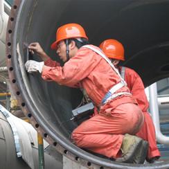 2003年浙江省特检院检验人员赴镇海石化开展检验