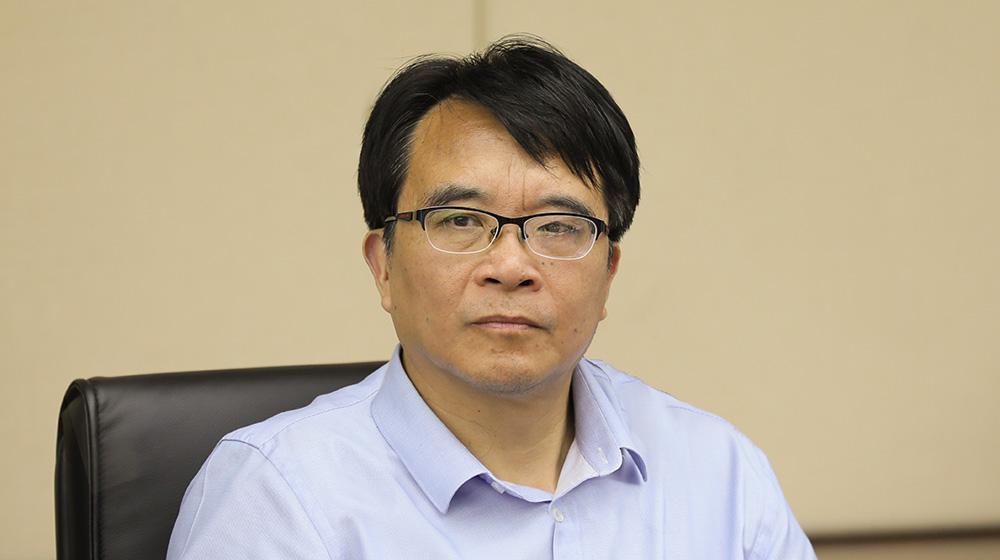 7月23日,省政协常委、委员工作委主任朱伟参加在杭州召开的协办调研座谈会