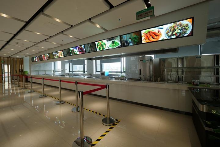 让的哥享受一站式服务 杭州规模最大出租车服务区开业