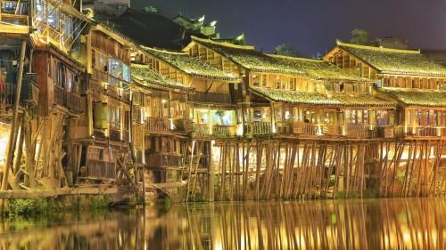 大连东港旅游攻略:喜报!5折购票吸引湖南省内游客组团前往凤凰古