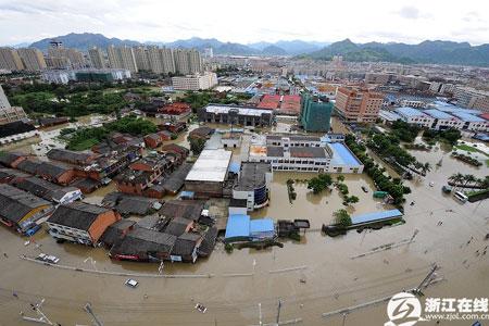 苍南县城一片汪洋