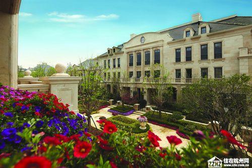 一个玫瑰园一个传奇,绿城在西溪雕刻时光