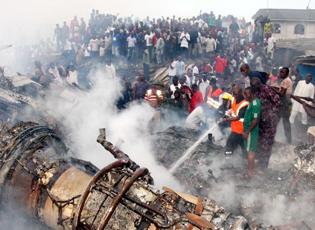 尼日利亚一架客机坠毁至少193人遇难 含6名中国乘客