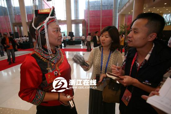 畲族党代表雷素君 未来让留守儿童不孤独