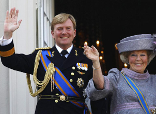 荷兰女王宣布退位